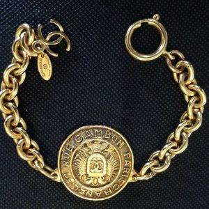 Vintage CHANEL The Rue Cambon Bracelet